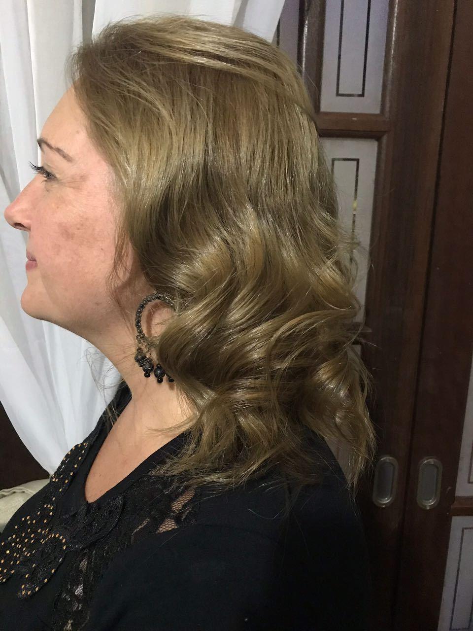 Escova modelada. #escova #porquevocevalemuito cabelo estudante (cabeleireiro) auxiliar cabeleireiro(a) cabeleireiro(a)