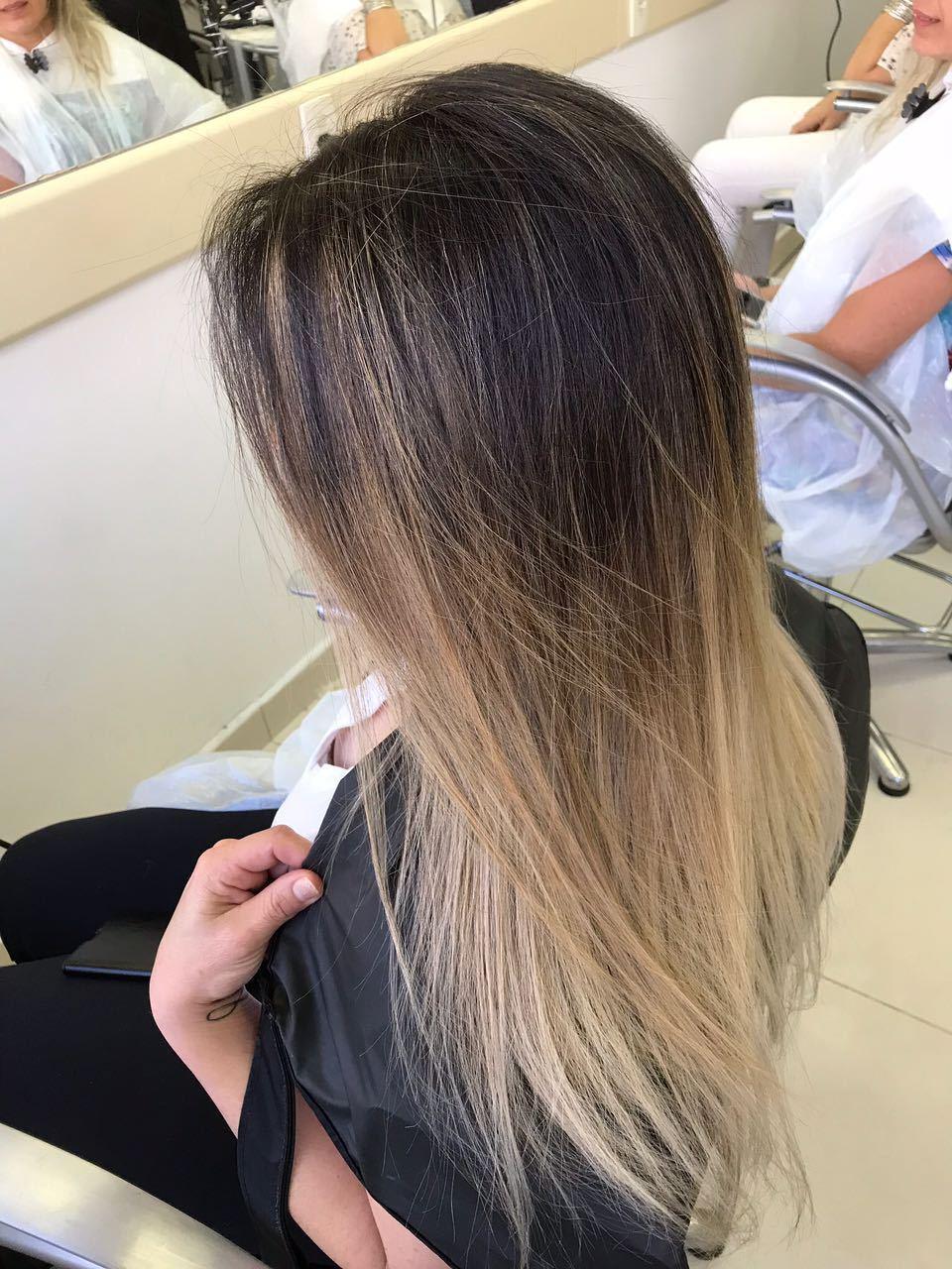 Mechas OmbreHair. #lorealpro #mechas #ombrehair cabelo estudante (cabeleireiro) auxiliar cabeleireiro(a) cabeleireiro(a)