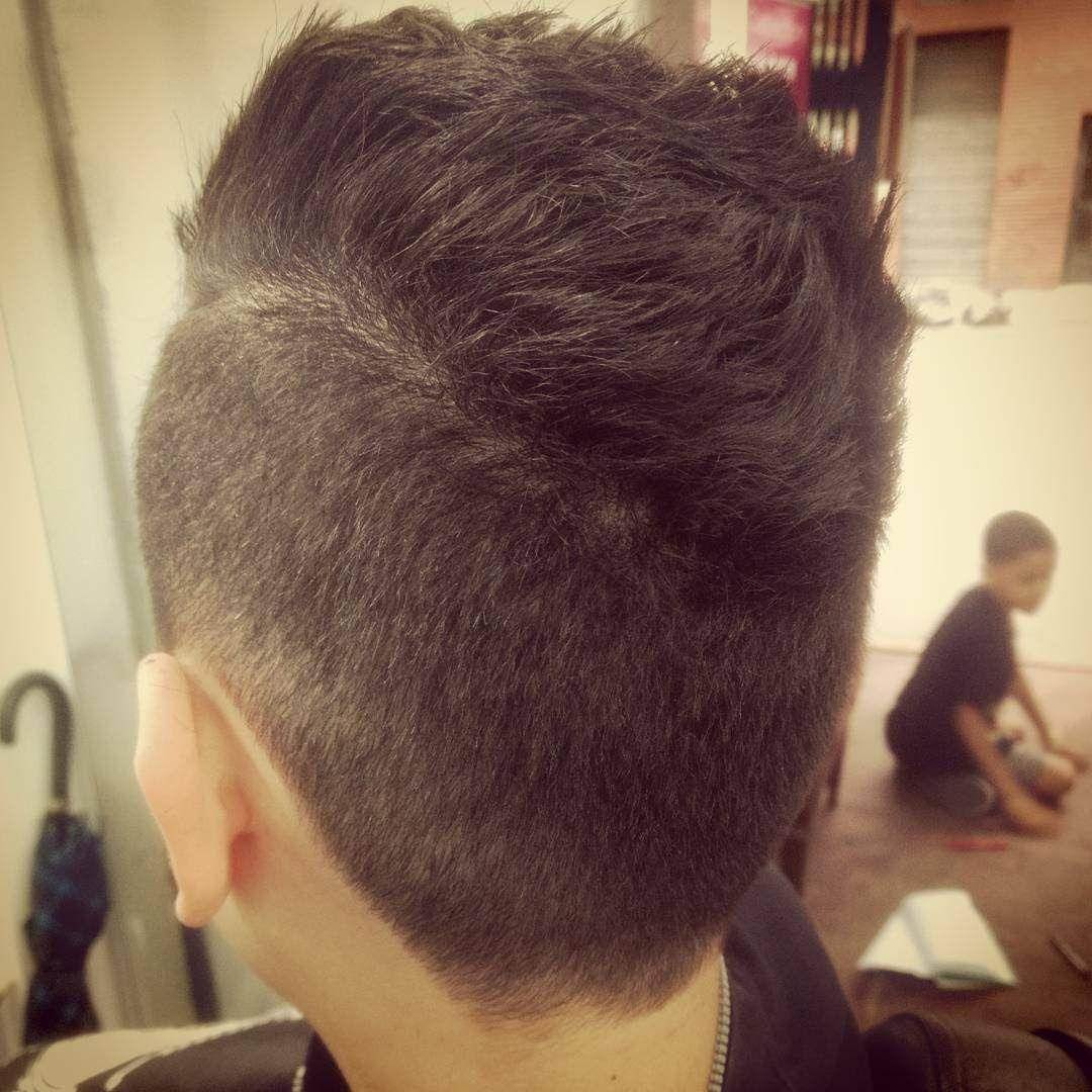 Infantil cabelo barbeiro(a)