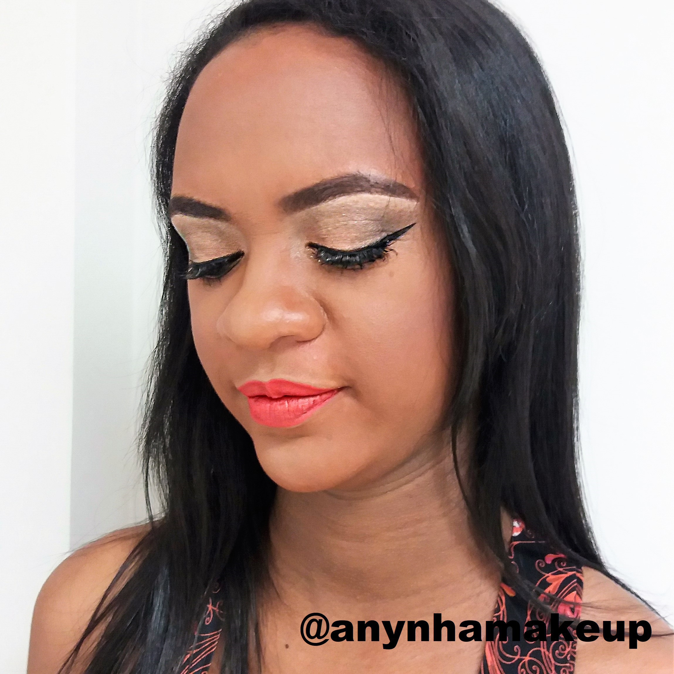 Maquiagem clássica 
