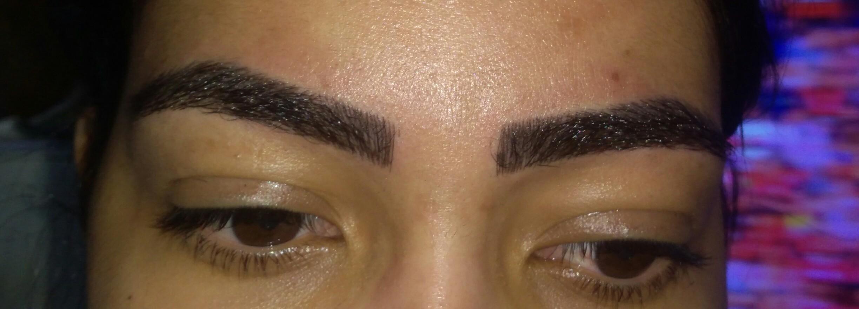 Micropigmentação fio a fio designer de sobrancelhas micropigmentador(a)