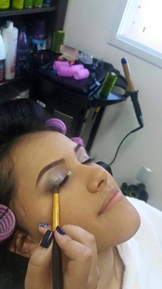 #Cliente #Debutante #DuranteTrabalho maquiagem maquiador(a)