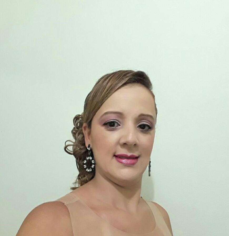 Maquiagem de Madrinha maquiagem maquiador(a)