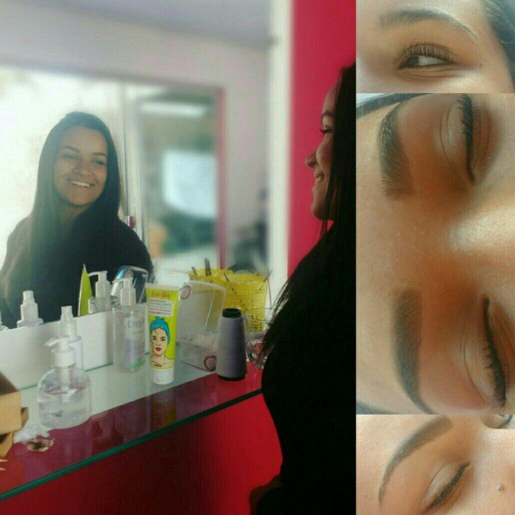 maquiagem designer de sobrancelhas