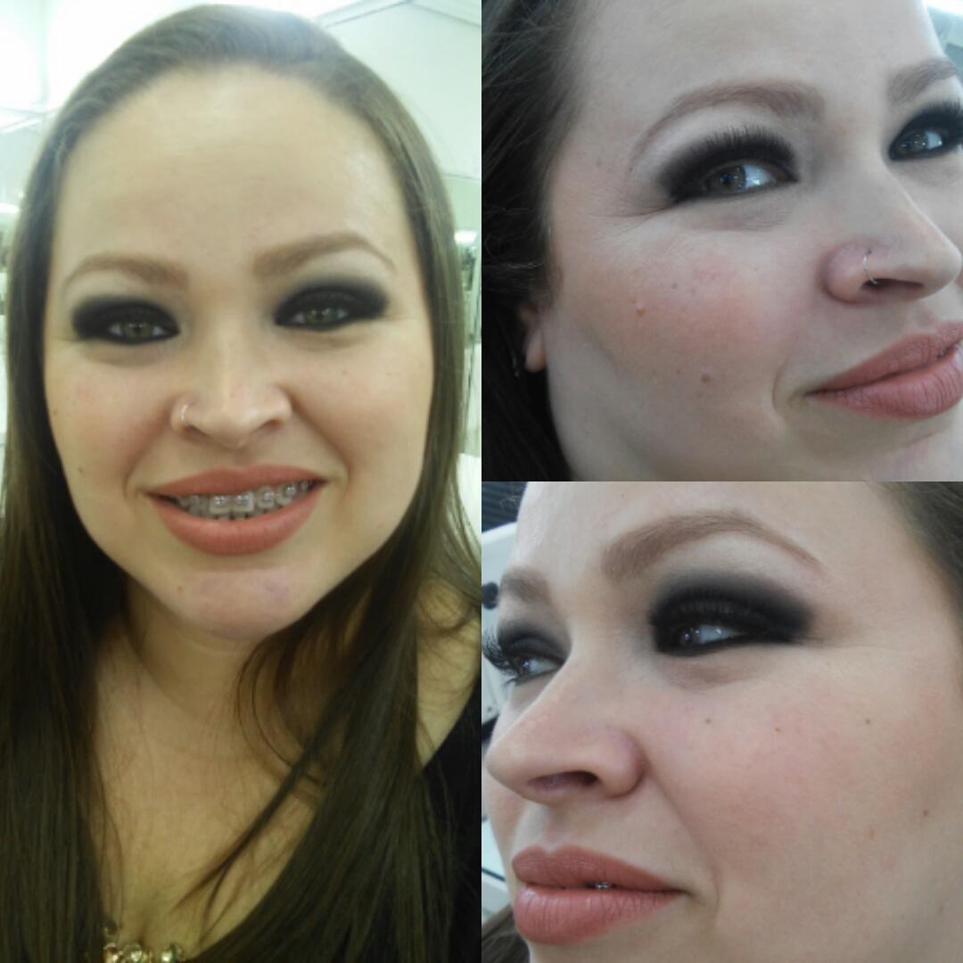 Make noite completa com olhos pretos esfumados. #olhopretoesfumado #olhospequenos #makenoite #olhotudobocanada #ciliosposticos  maquiagem maquiador(a)