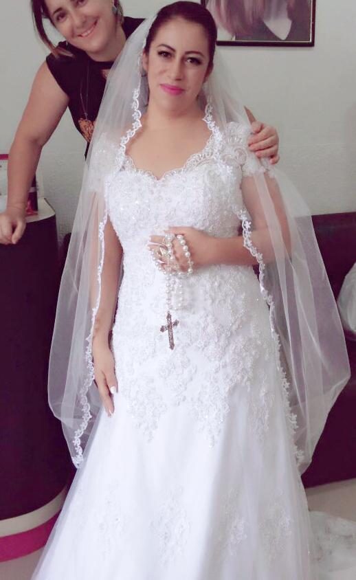 Uma das noivas q arrumei ano passado😉 cabelo cabeleireiro(a)