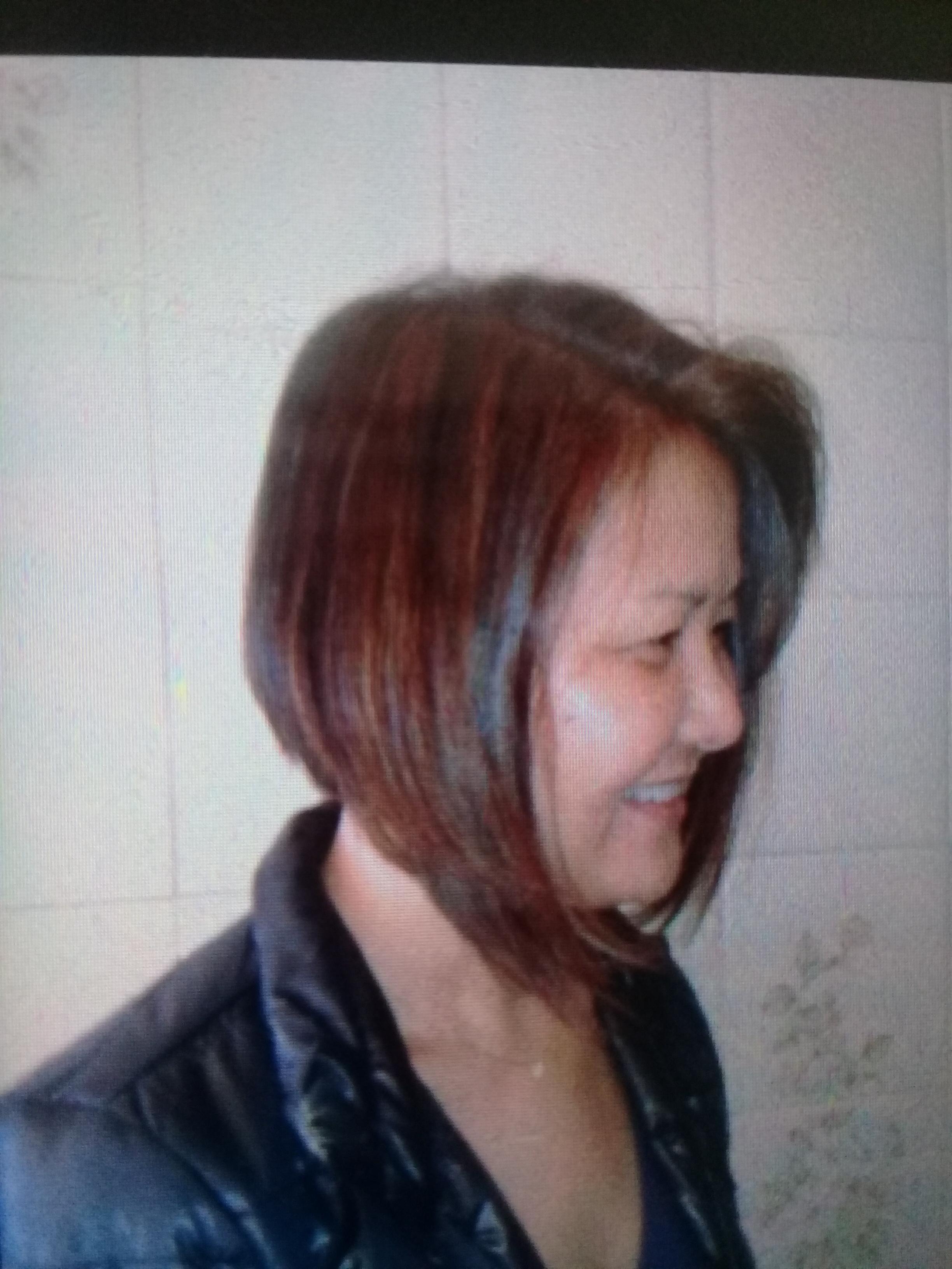 Corte , Coloração e escova cabelo auxiliar cabeleireiro(a)