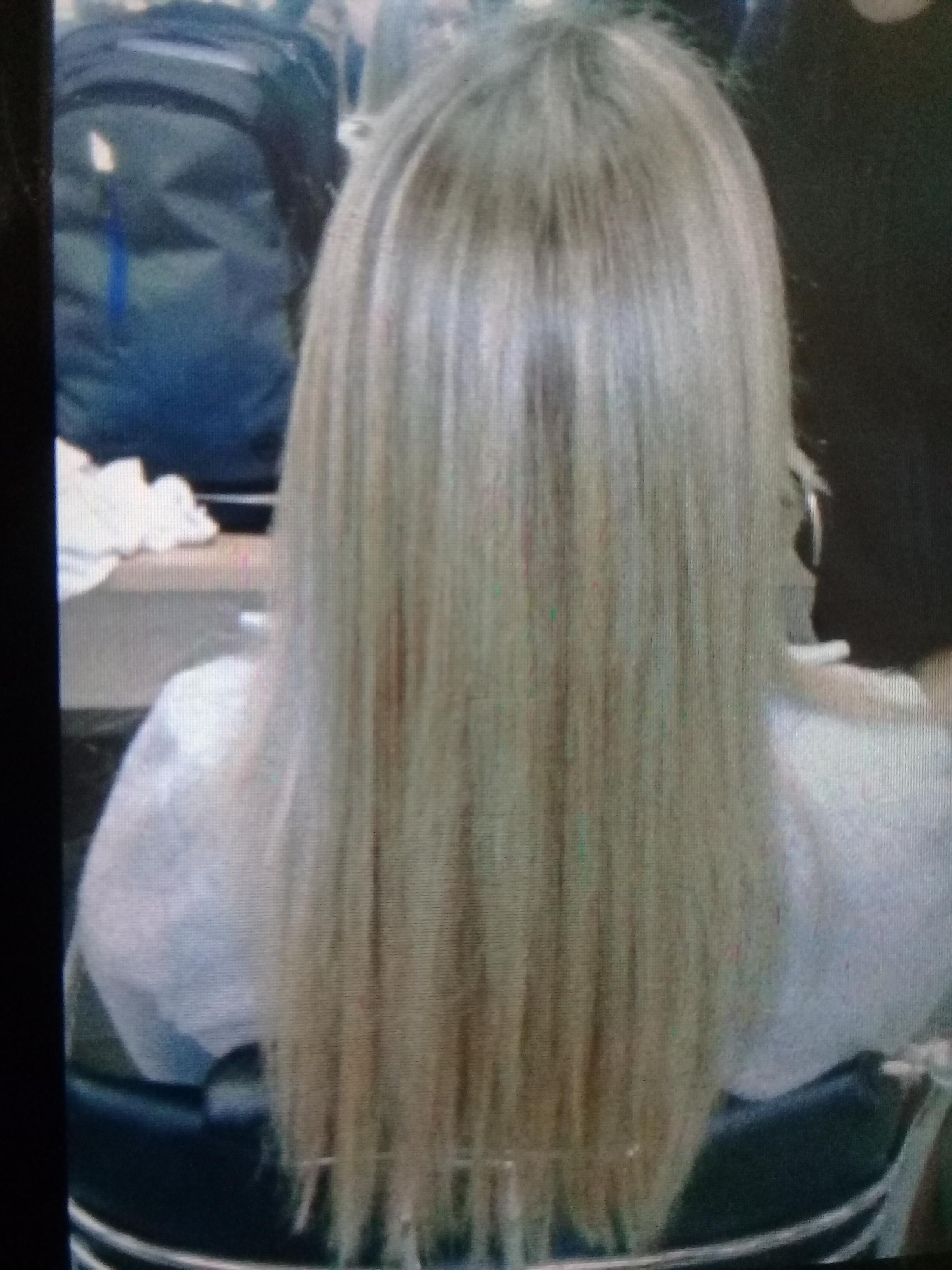 Reflexo, matização e escova. cabelo auxiliar cabeleireiro(a)