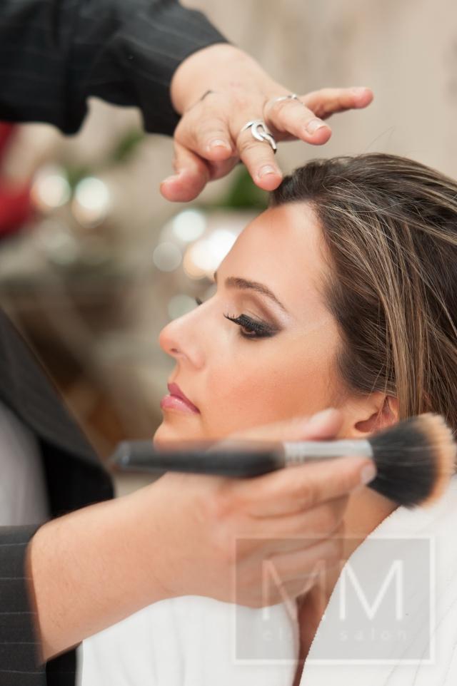 maquiagem cabeleireiro(a) depilador(a) designer de sobrancelhas esteticista manicure e pedicure maquiador(a) massoterapeuta
