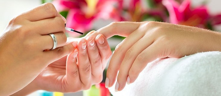unha cabeleireiro(a) depilador(a) designer de sobrancelhas esteticista manicure e pedicure maquiador(a) massoterapeuta