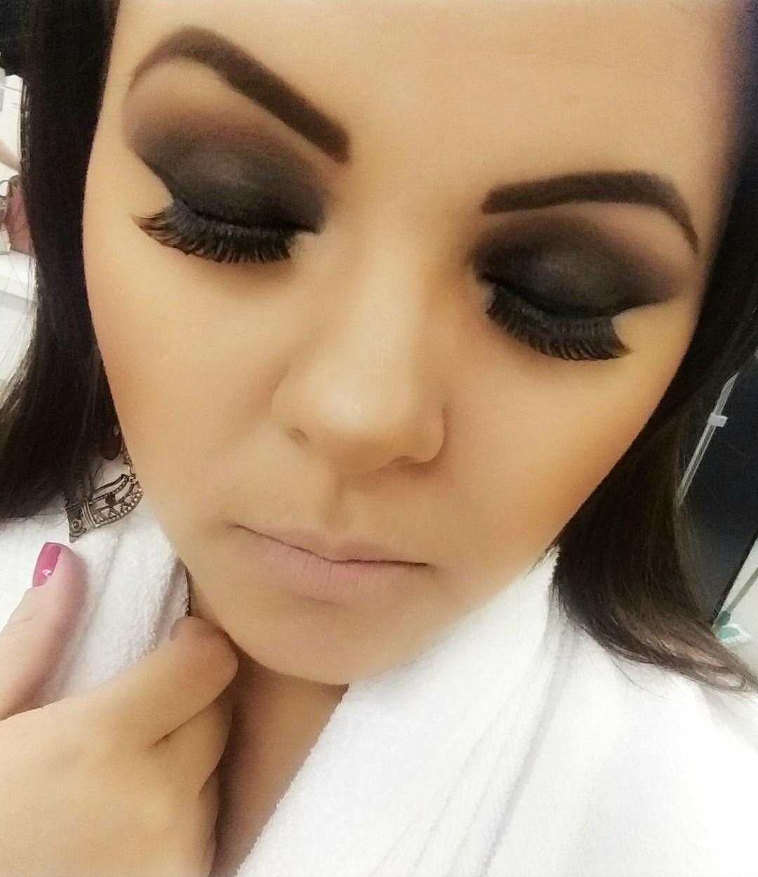 Smokey eyes maquiagem maquiador(a) designer de sobrancelhas