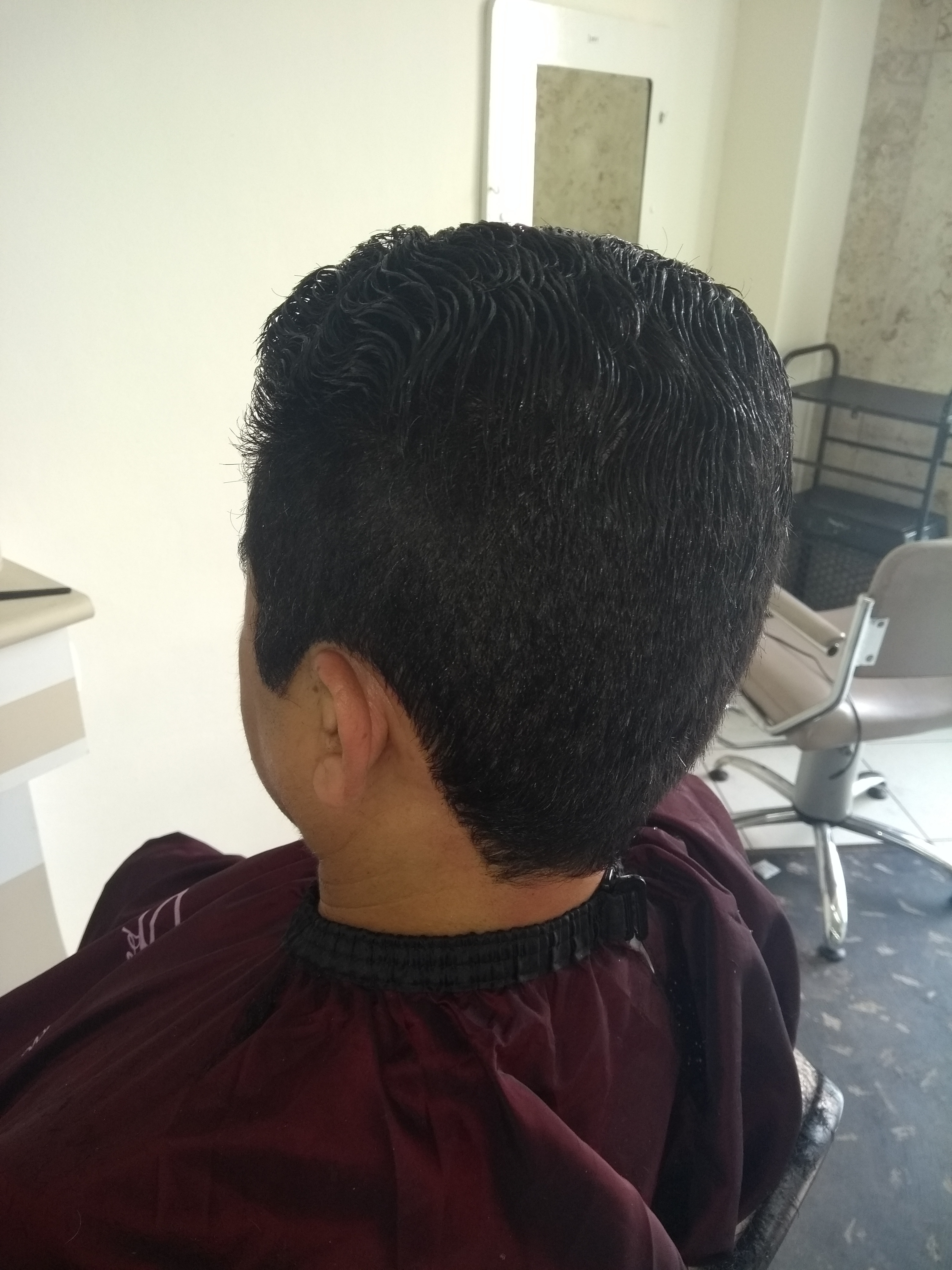Corte masculino cabelo cabeleireiro(a) manicure e pedicure