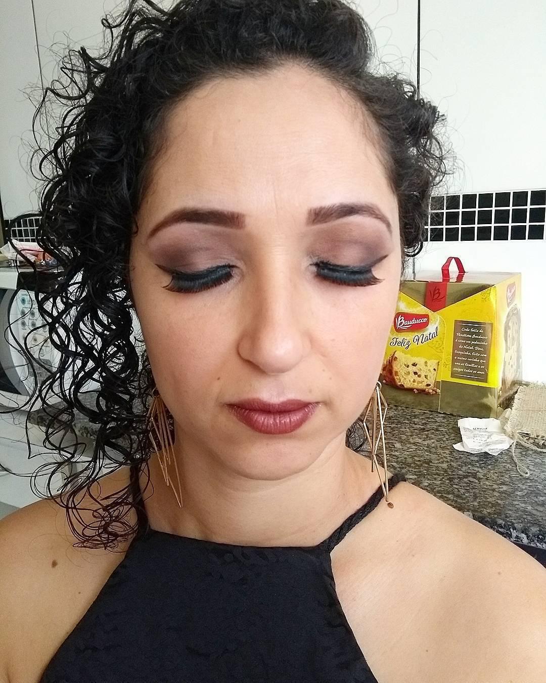 Cabelo e maquiagem jeitos por mim #aspiranteacabeleireira #hair #makeup maquiagem auxiliar cabeleireiro(a) auxiliar administrativo manicure e pedicure