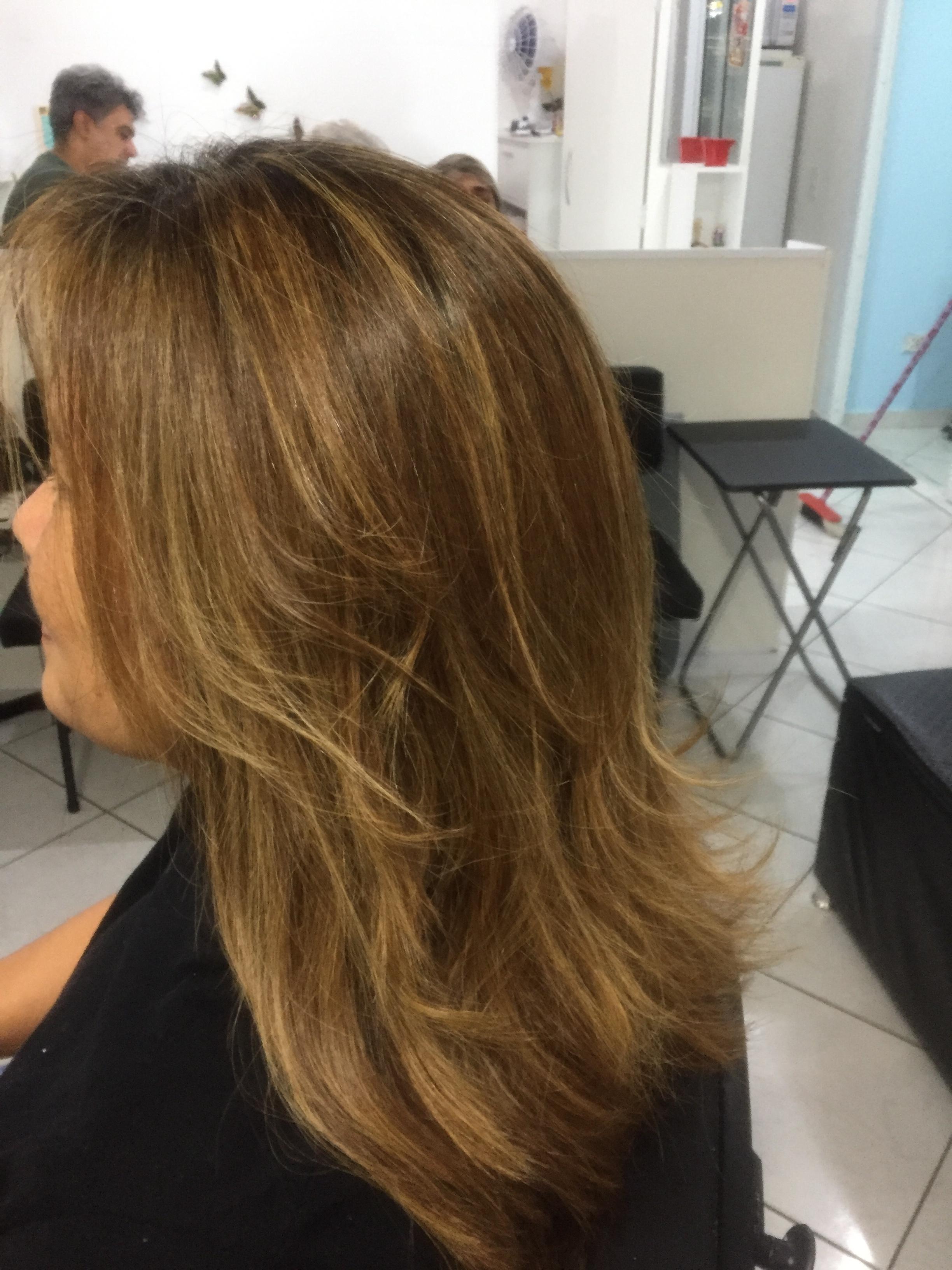Progressiva cabelo auxiliar cabeleireiro(a) cabeleireiro(a)