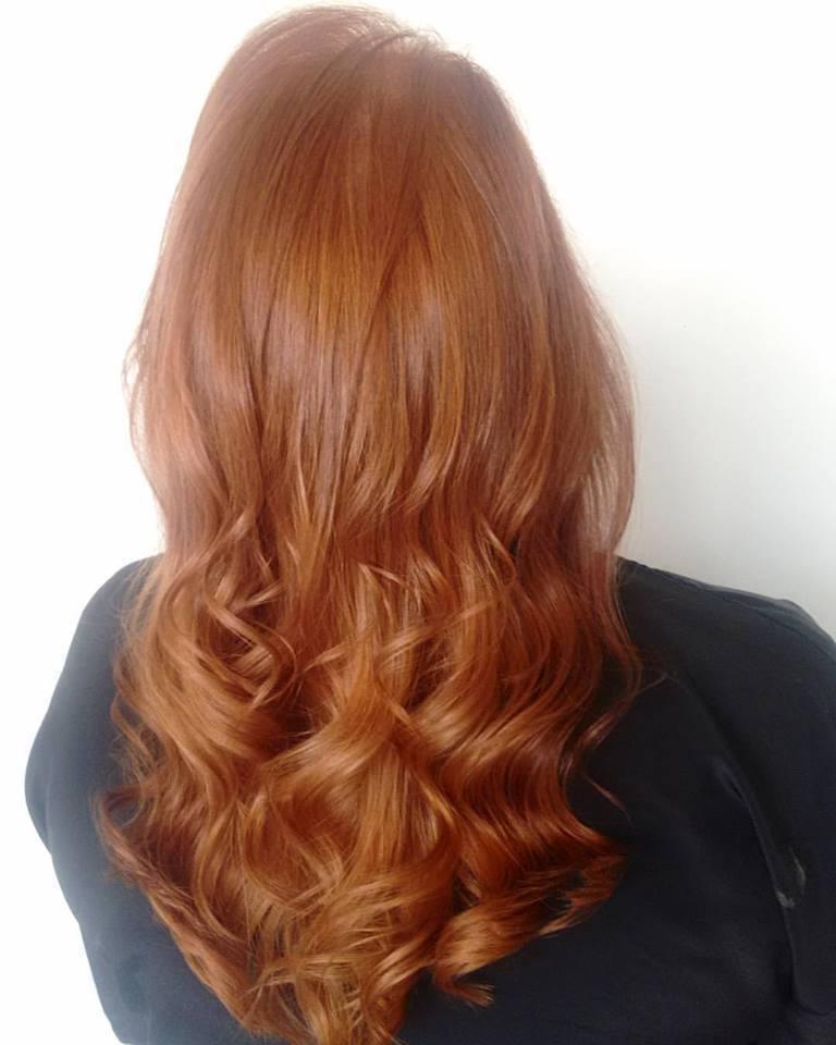 Coloração global  (Ruivo). cabelo cabeleireiro(a) maquiador(a) designer de sobrancelhas