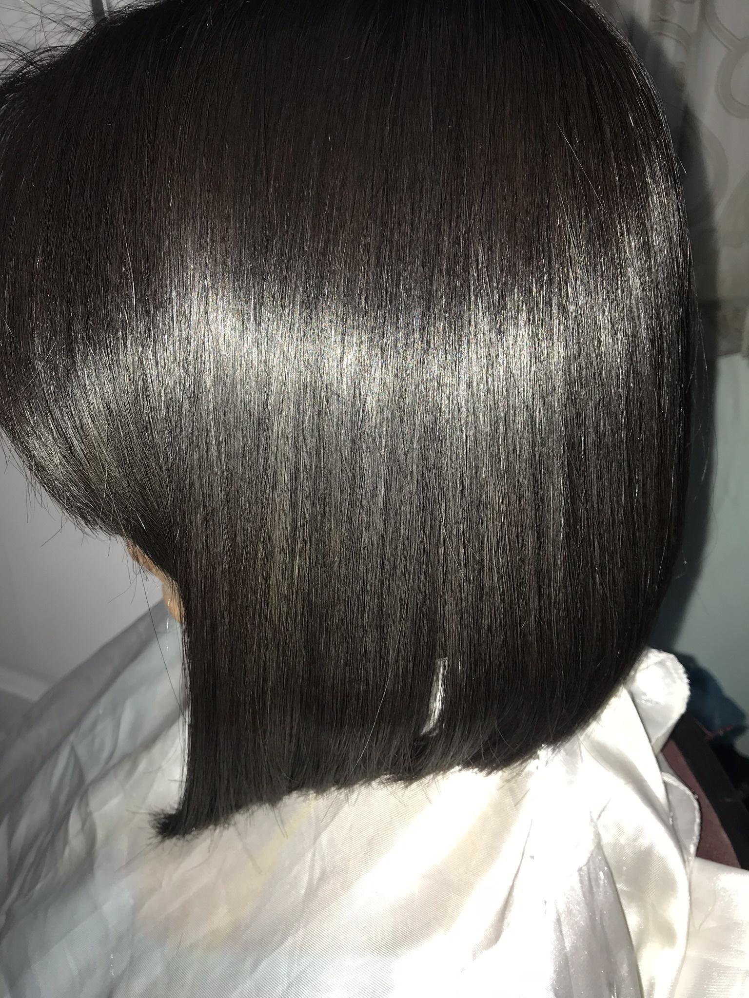 Corte + técnica de alistamento cabelo estudante (cabeleireiro)