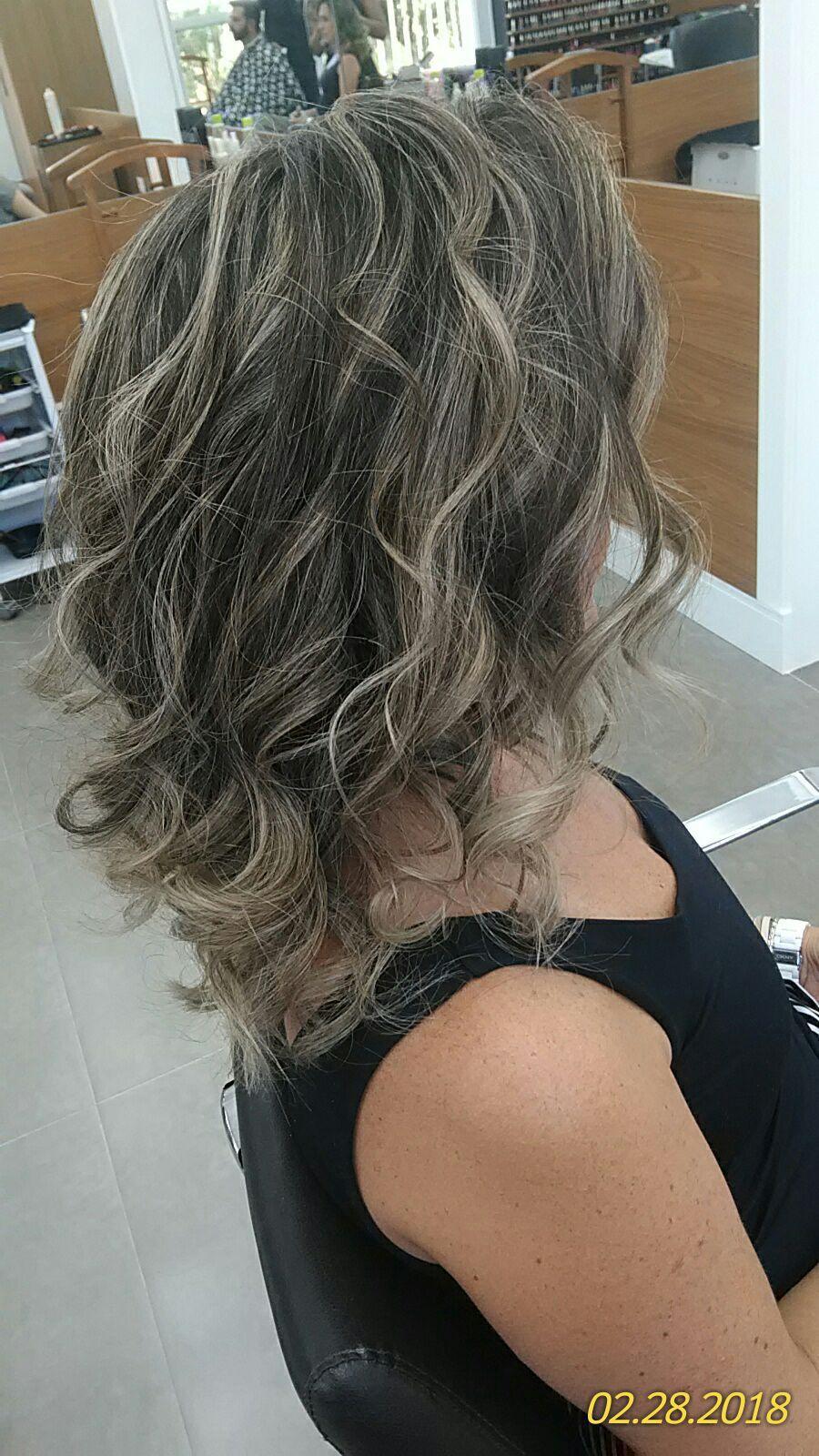 #ombrehair #luzes  cabelo cabeleireiro(a) maquiador(a) designer de sobrancelhas