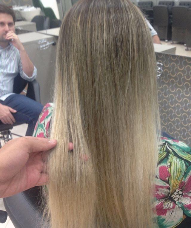 Pérola  cabelo cabeleireiro(a) maquiador(a)