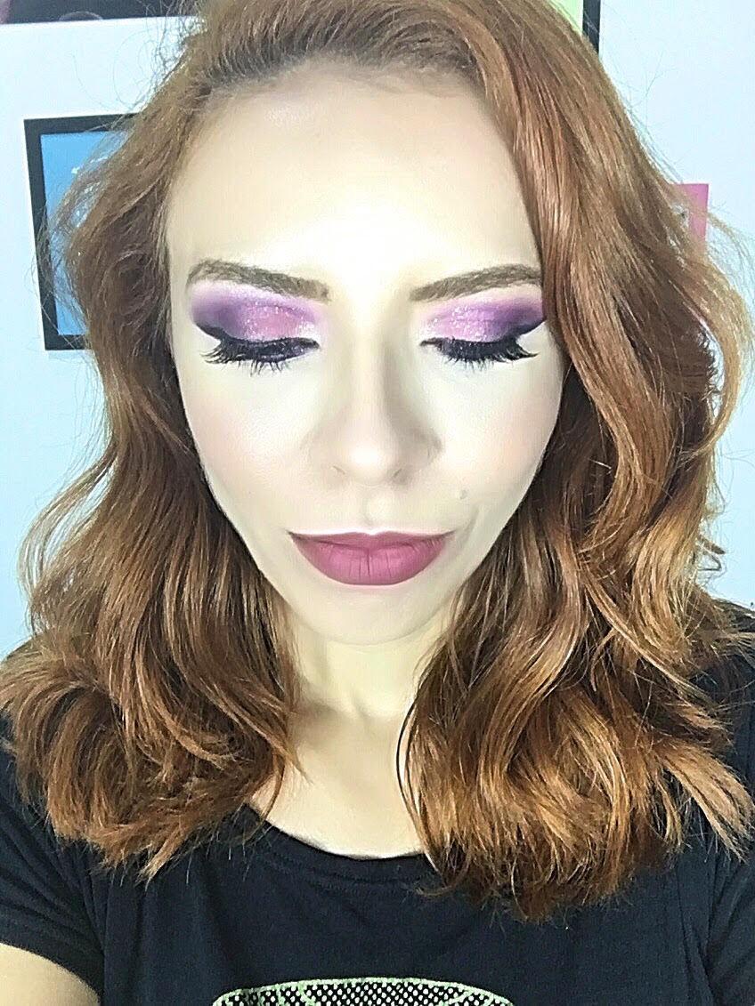 Maquiagem vídeo  maquiagem maquiador(a)
