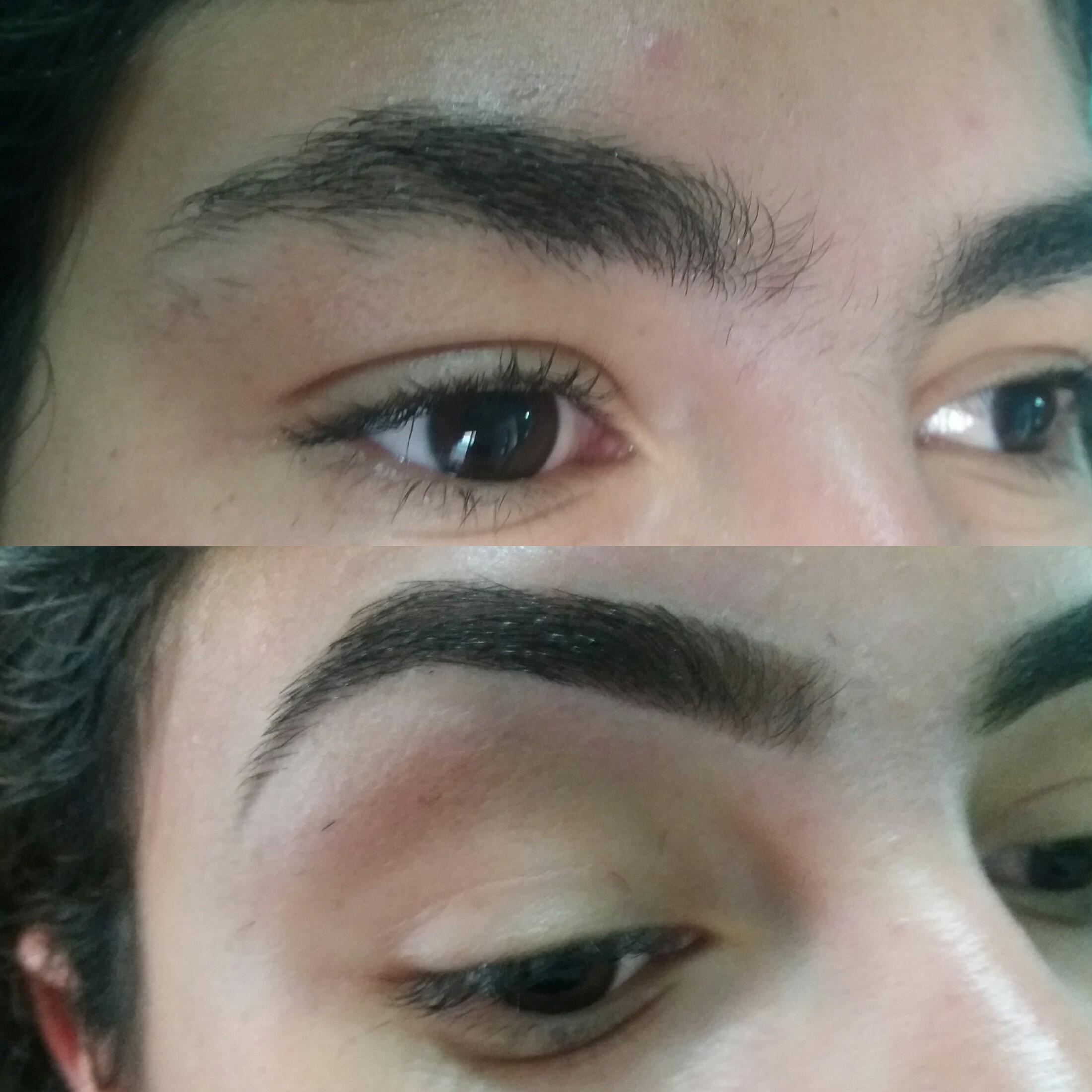 Design com pinça e cera.   #sobrancelhasperfeitas   #sobrancelhasnaturais estética designer de sobrancelhas
