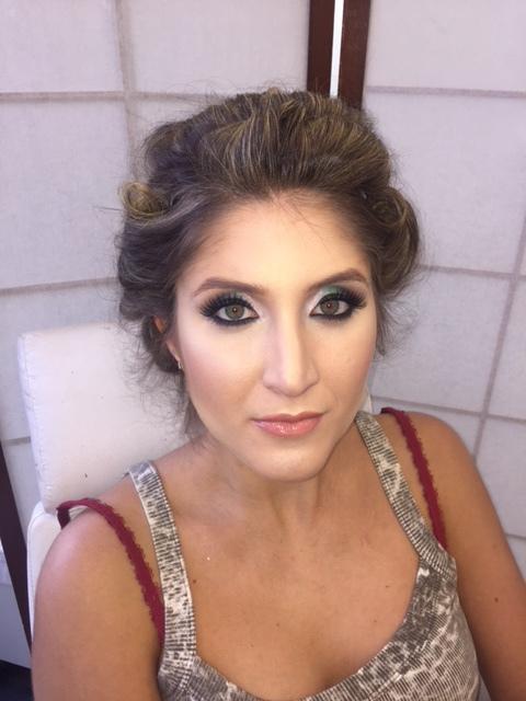 makeup maquiagem cabeleireiro(a) maquiador(a) designer de sobrancelhas