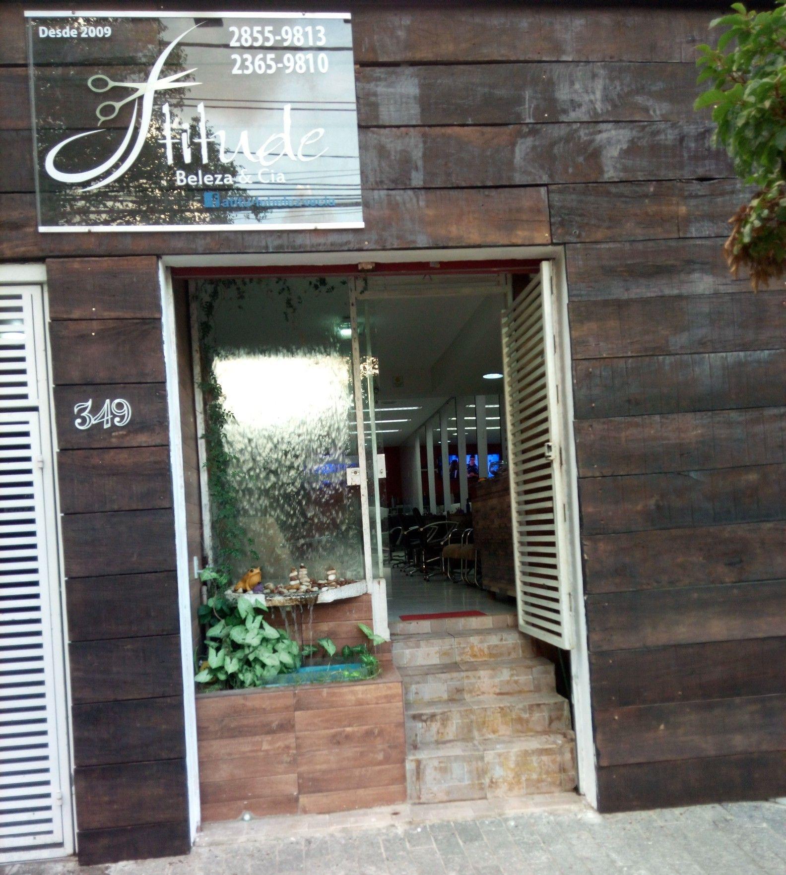 cabelo cabeleireiro(a) empresário(a) / dono de negócio maquiador(a)