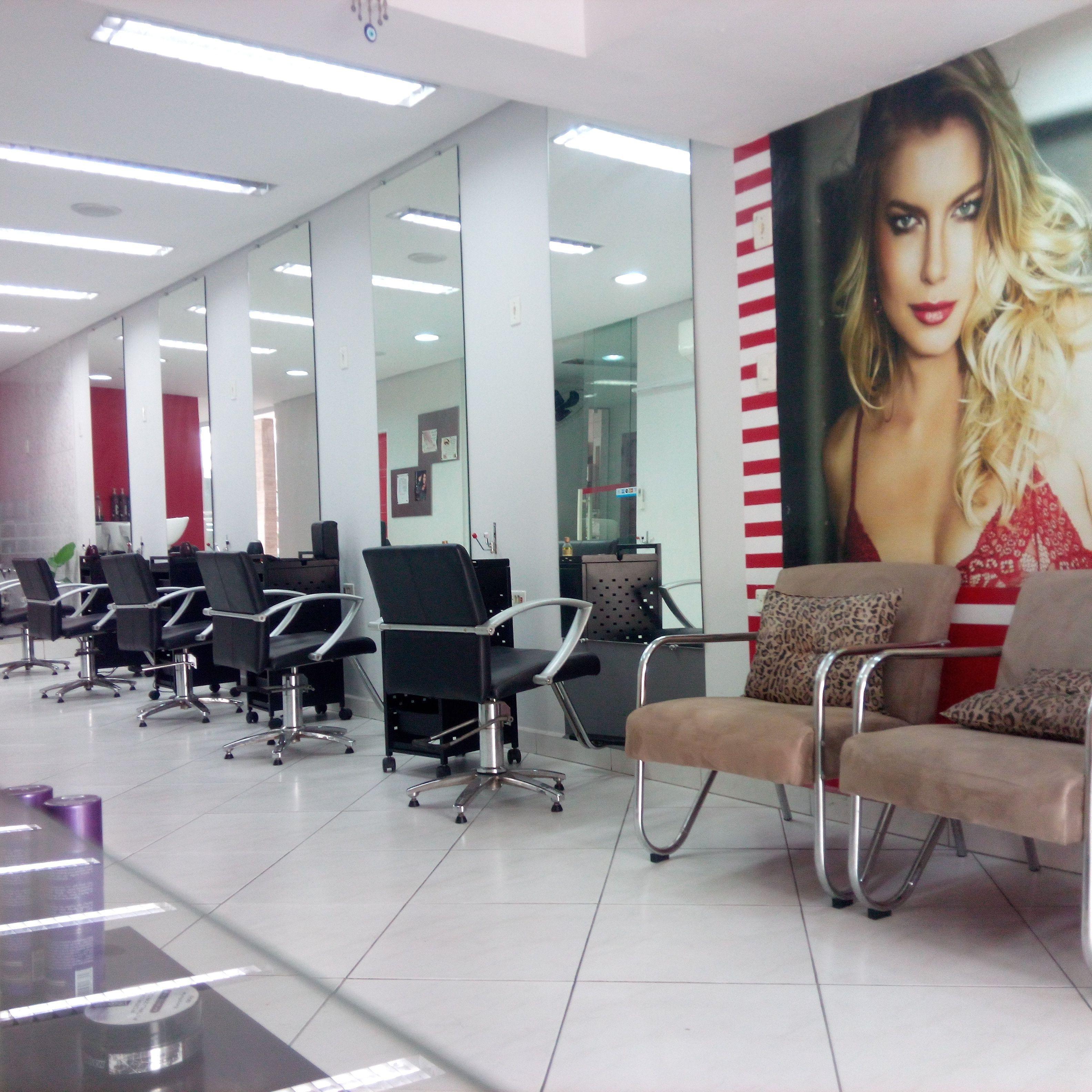 Salão de beleza, onde trabalhamos com as marcas Alfa Parf , itallian hairtech cabelo cabeleireiro(a) empresário(a) / dono de negócio maquiador(a)