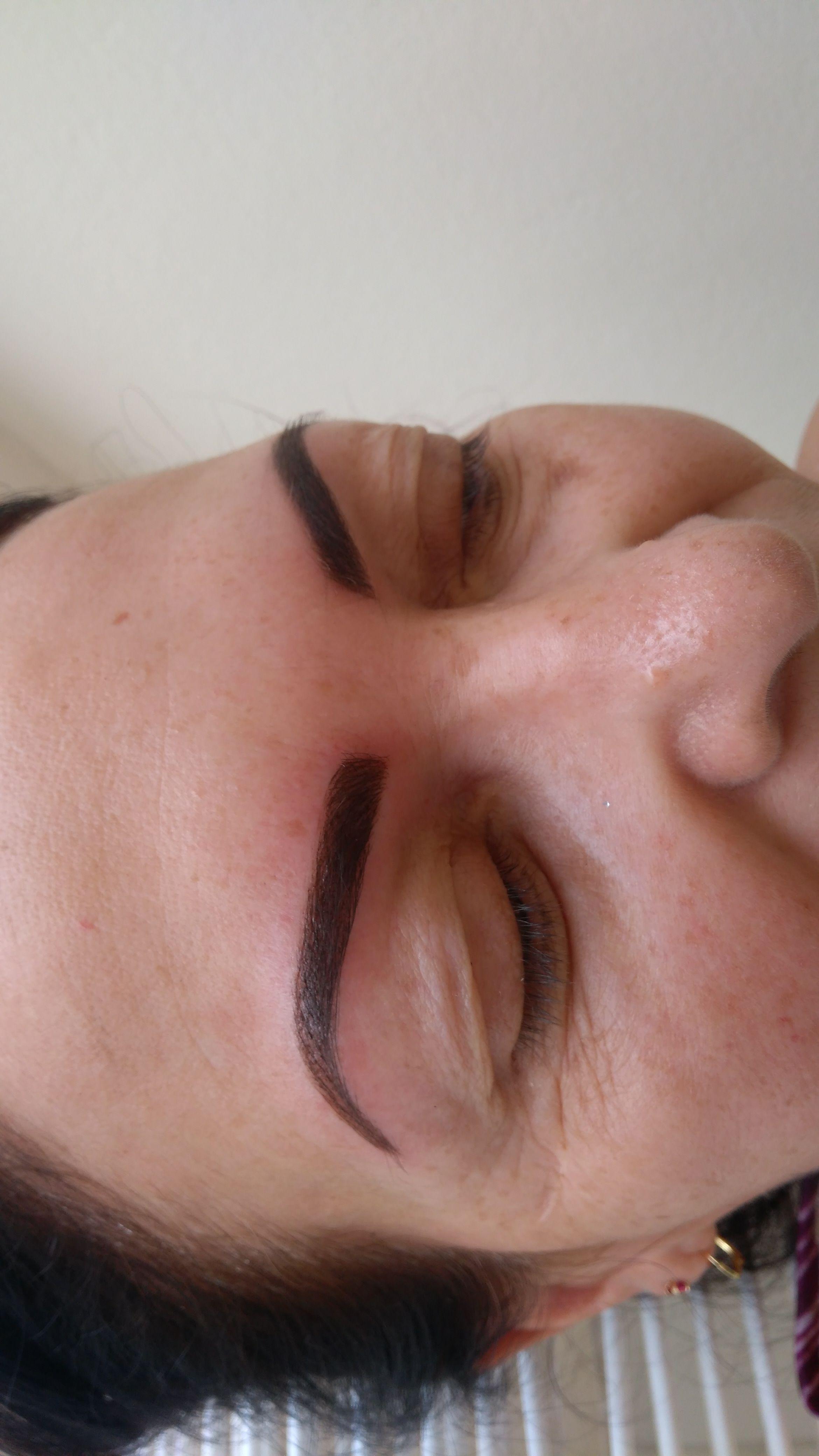 maquiagem dermopigmentador(a) designer de sobrancelhas esteticista dermopigmentador(a)