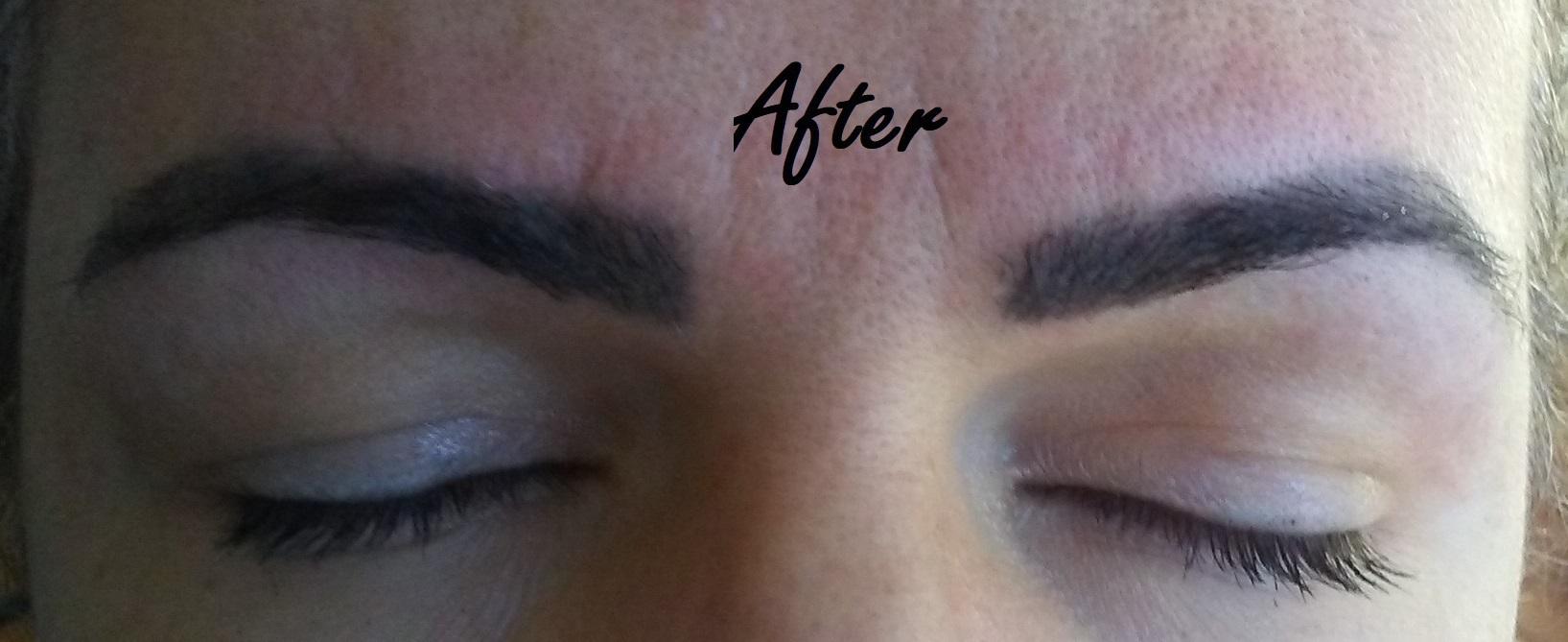 Design de sobrancelha estética designer de sobrancelhas