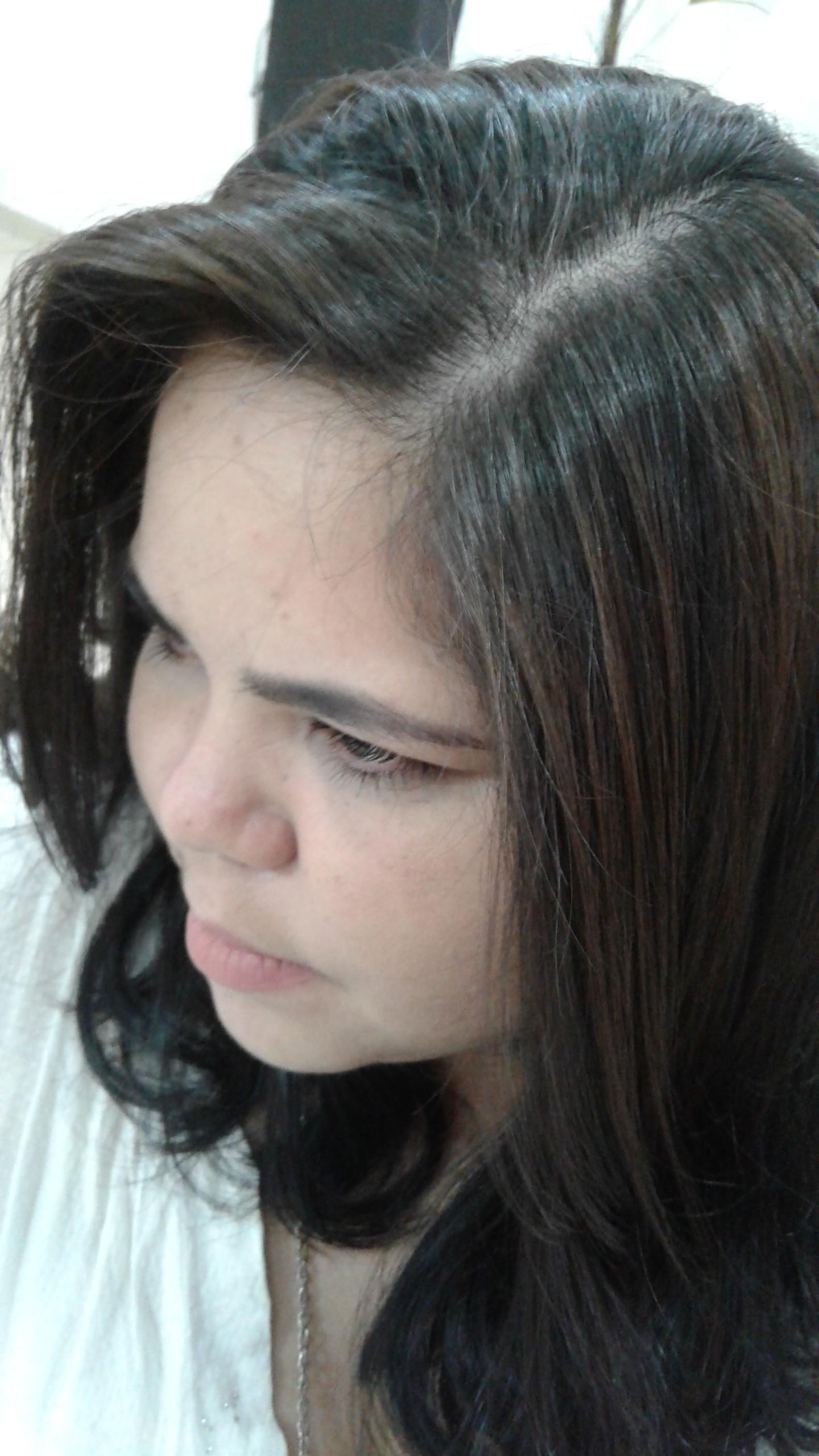 Luzes e escova  cabelo auxiliar cabeleireiro(a)