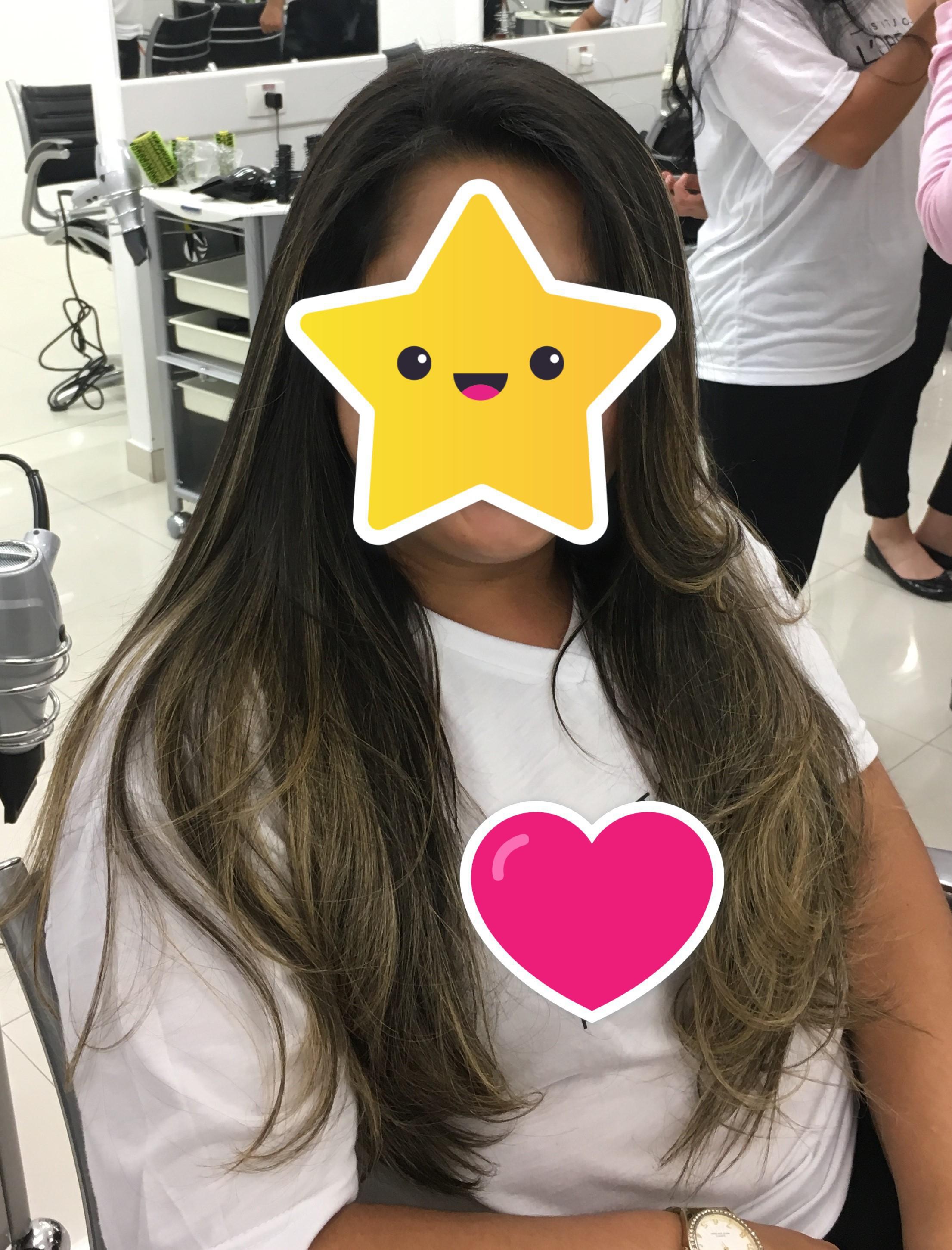 Escova lisa sem volume Pós Nutrição com pontas levemente modeladas de frente! cabelo auxiliar cabeleireiro(a)
