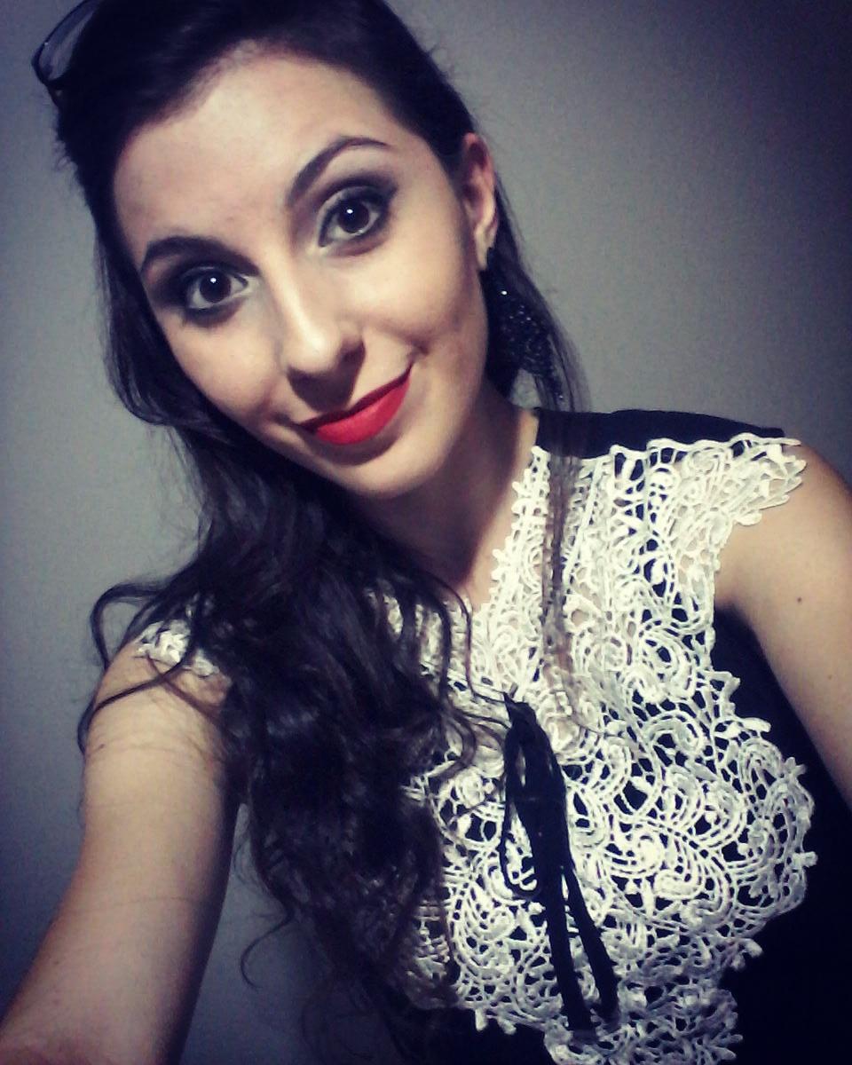 #BATOMVERMELHO maquiagem recepcionista