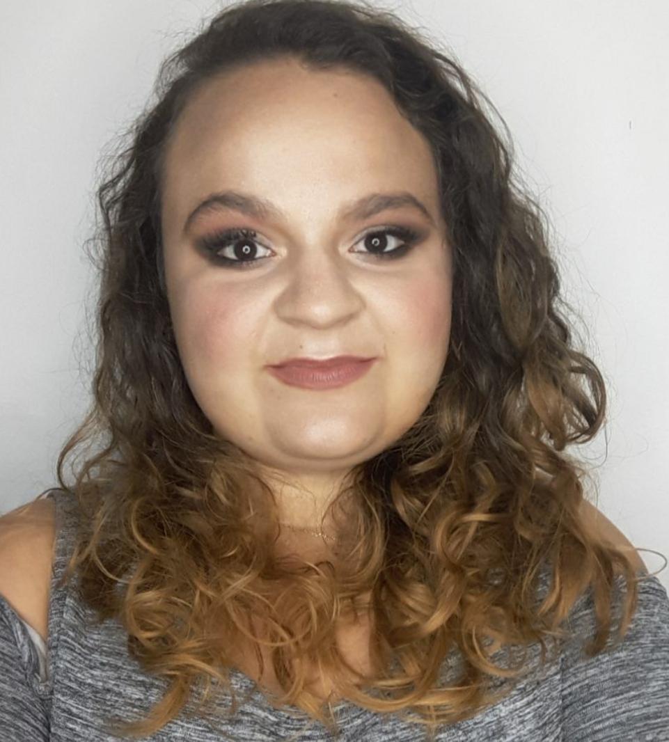 maquiagem maquiador(a) assistente maquiador(a) consultor(a)