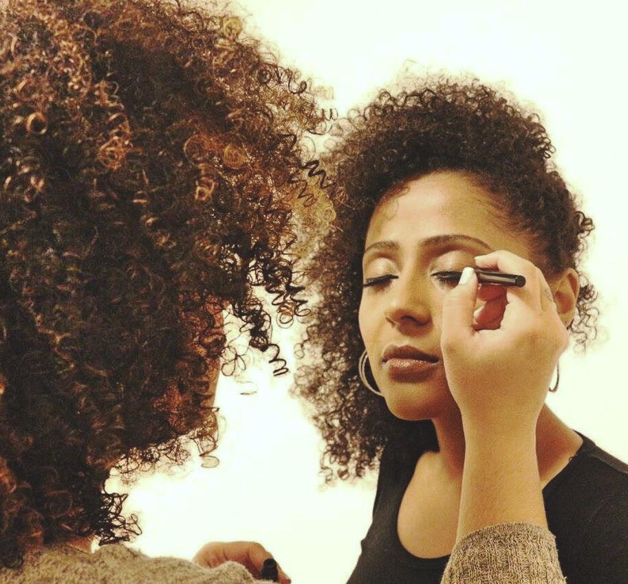#maquiagem #maquiagemparafotos #fotografia #modelos #makeup #pelenegra maquiagem maquiador(a) cabeleireiro(a)