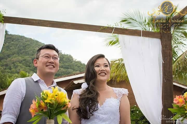 Noiva casamento dia ,penteado lateral com trança despojado cabeleireiro(a) stylist / visagista