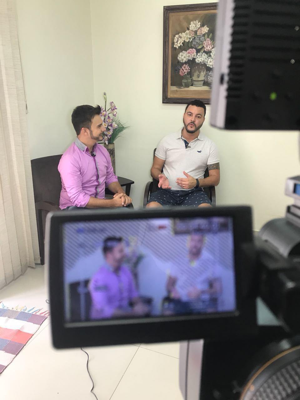 Entrevista para o programa Vida e Estilo by Anderson Zanquin Canal 25 da Net Jundiai  sobre os Benefícios da Massagem  outros massagista aromaterapeuta