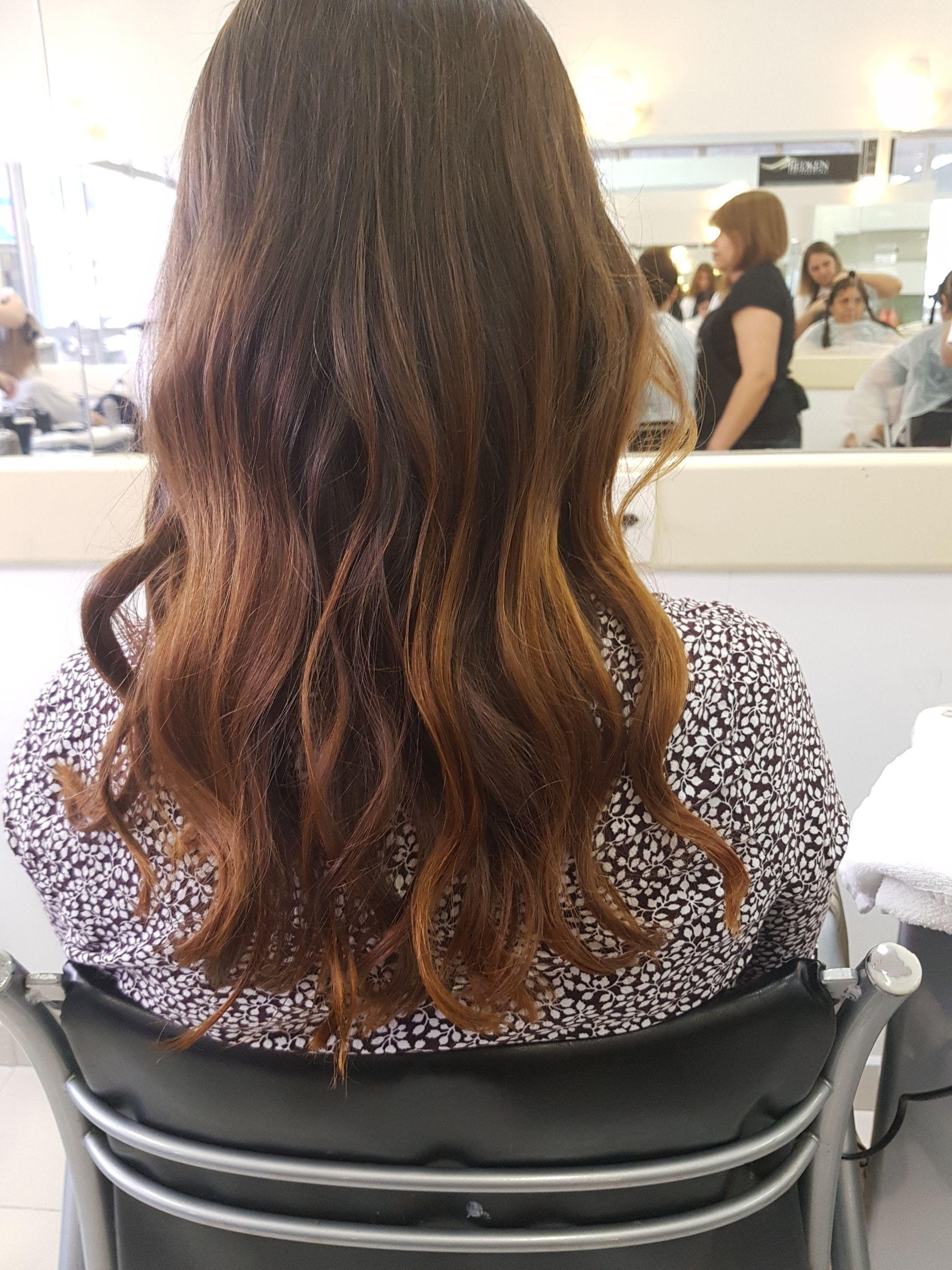 cabelo auxiliar cabeleireiro(a) auxiliar cabeleireiro(a)
