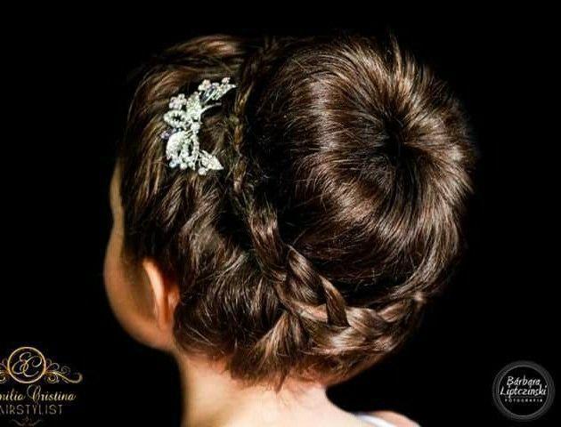 Coque com trança daminha cabelo cabeleireiro(a) stylist / visagista