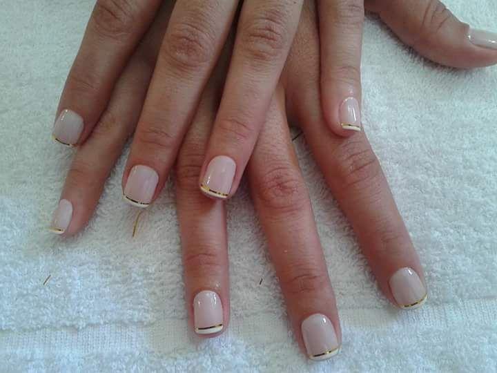 Francesinha com linha dourada!! unha manicure e pedicure
