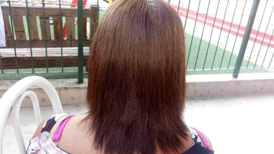 Corte repicado cabelo auxiliar cabeleireiro(a) assistente esteticista designer de sobrancelhas assistente maquiador(a)