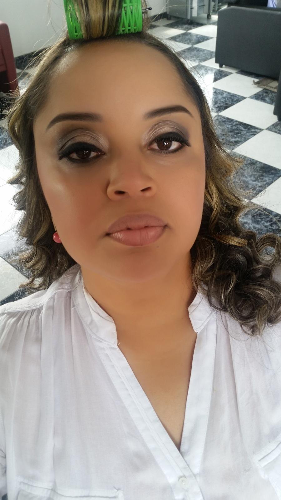 Maquiagem para aniversário. Veja mais no meu Blog Vaidosas de Batom:  www.vaidosasdebatom.com maquiagem maquiador(a) docente / professor(a)