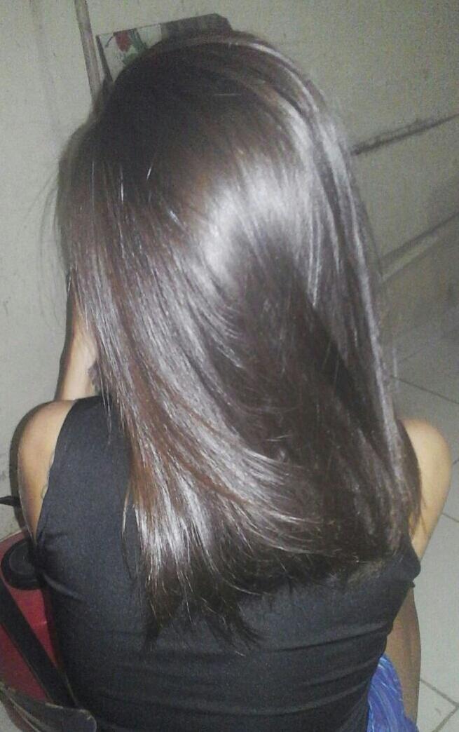 Banho de verniz  cabelo estudante (cabeleireiro) designer de sobrancelhas