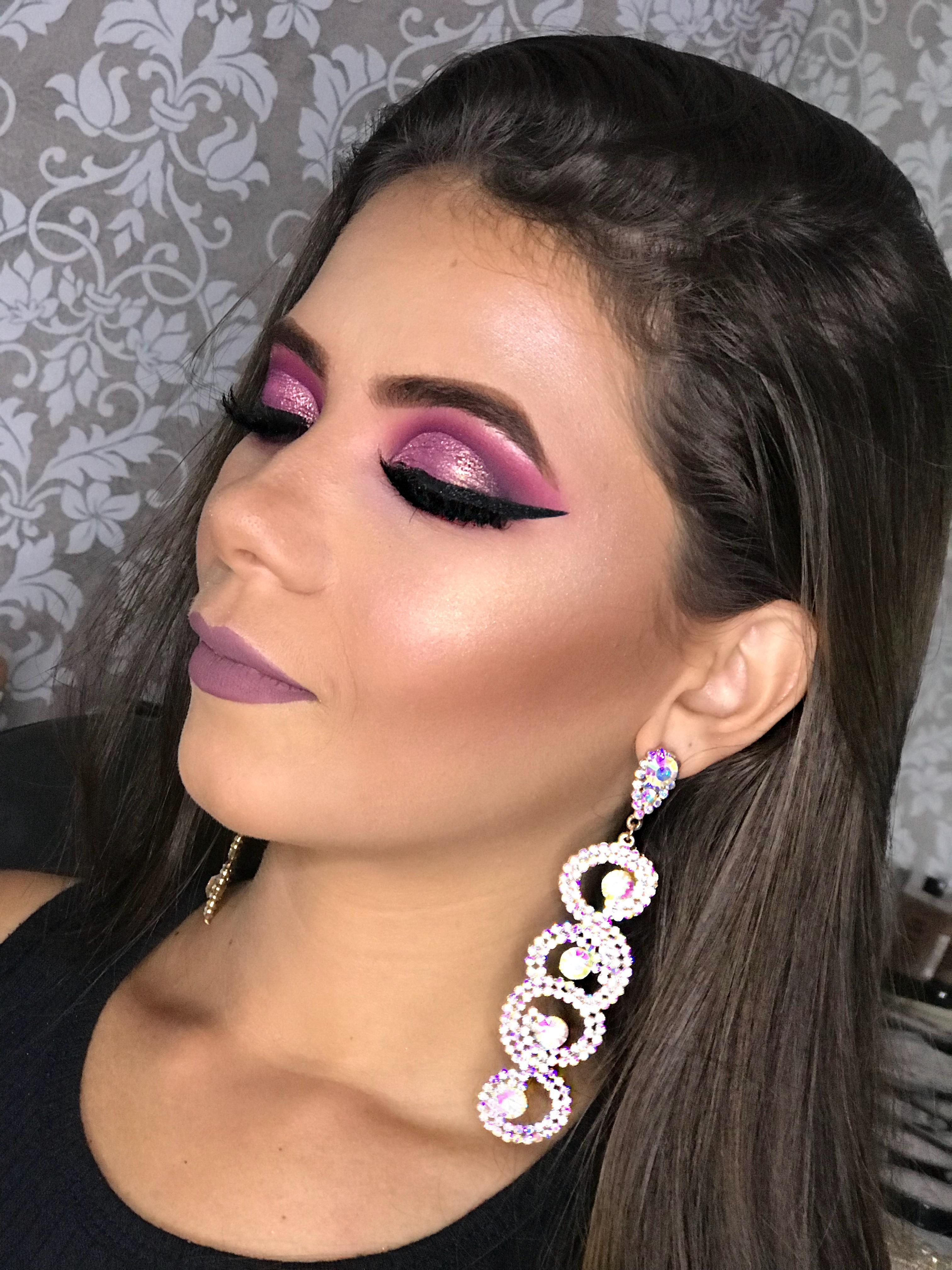Makeup para formatura  maquiagem cabeleireiro(a) maquiador(a)