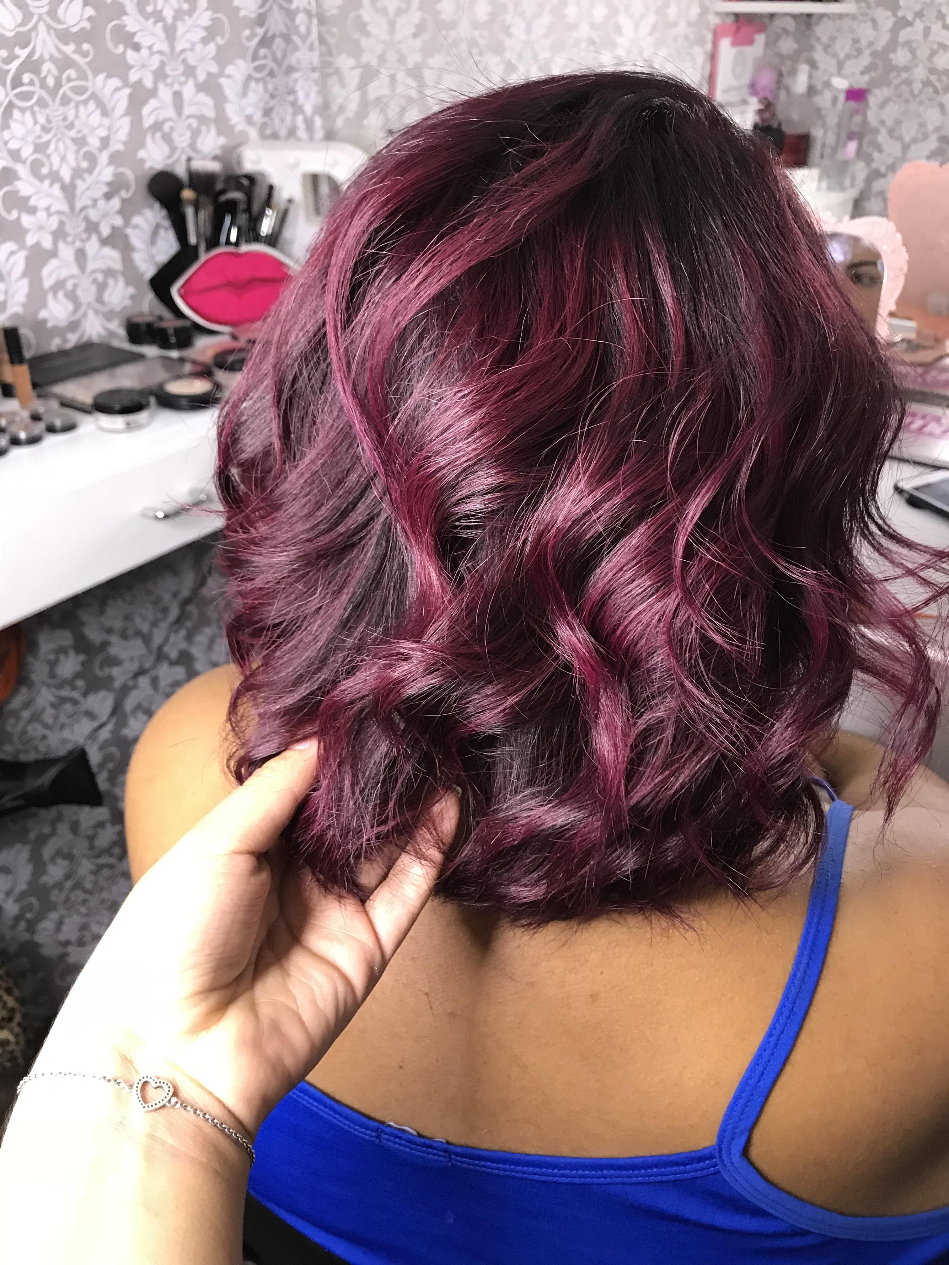 Marsala  cabelo cabeleireiro(a) maquiador(a)