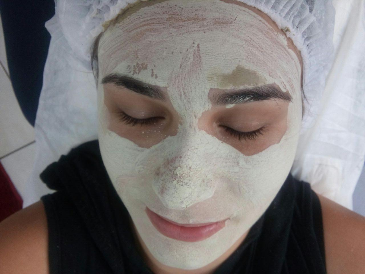Limpeza de pele com extração! Tratamento de argiloterapia.   *Desintoxicação da pele * Esfoliação * Diminuição de oleosidade * Hidratação profunda esteticista