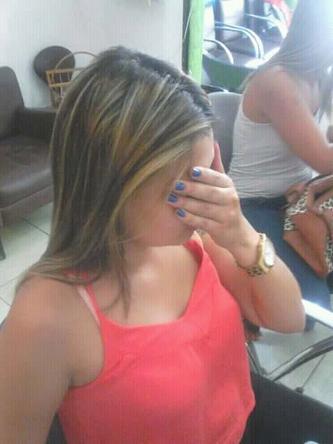 Antes  cabelo auxiliar cabeleireiro(a) designer de sobrancelhas recepcionista