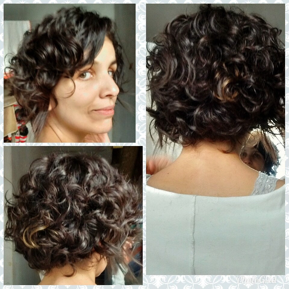 Hidratação, definição de ondas e teste de mecha cabelo auxiliar cabeleireiro(a) designer de sobrancelhas
