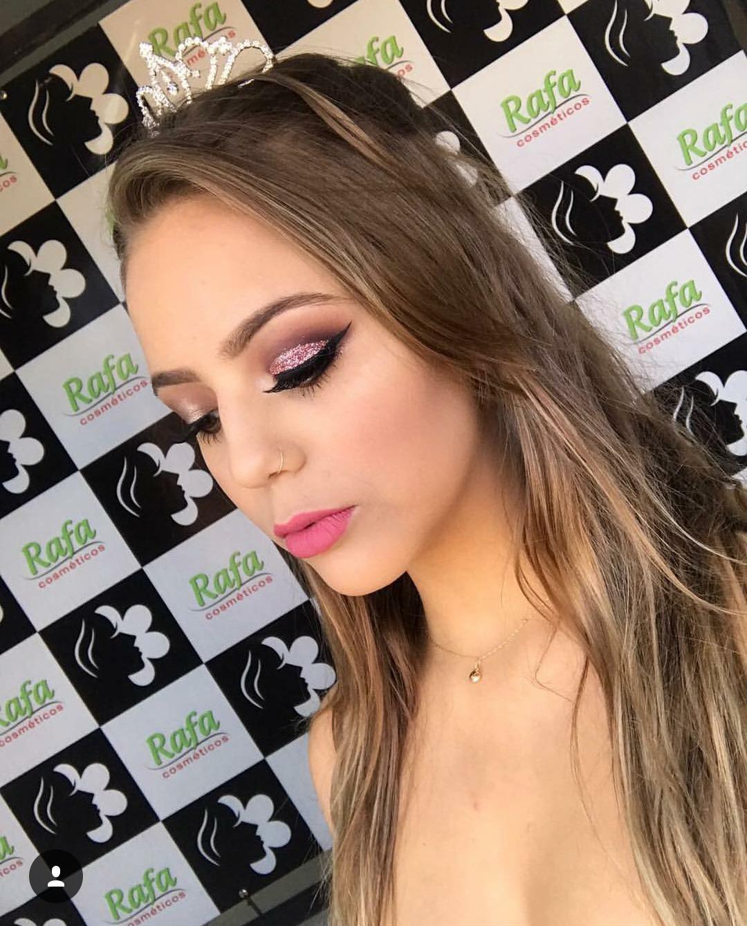 Cut Crease com Glitter maquiagem maquiador(a) consultor(a)