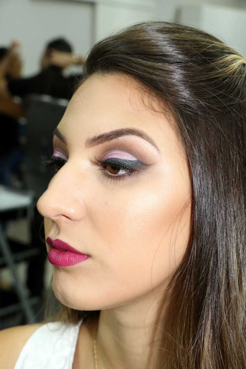 """Delineado """"Asa de Anjo"""" juntamente com Cut Crease! maquiagem maquiador(a) consultor(a)"""