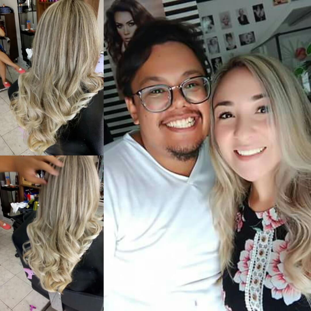 cliente satisfeita cabelo stylist / visagista